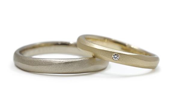 ハンドメイドならではの、素朴な風合いの結婚指輪 Ciel C01