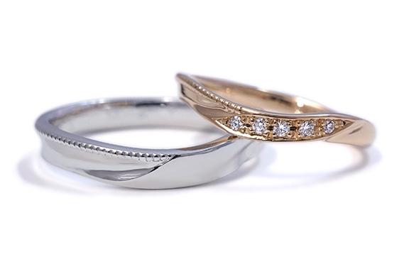 細身の中にミル打ちとダイヤが光る結婚指輪 Carine
