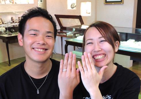 藤後洋一・風張綾乃様 (Pt 永遠を表す手彫りの結婚指輪)