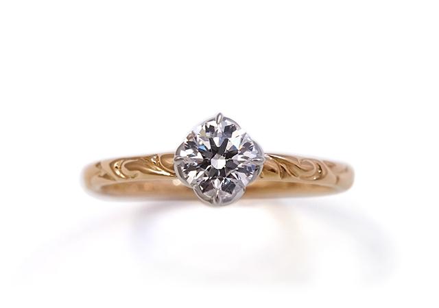 A様 (PG/Pt 模様が繊細に輝く婚約指輪)