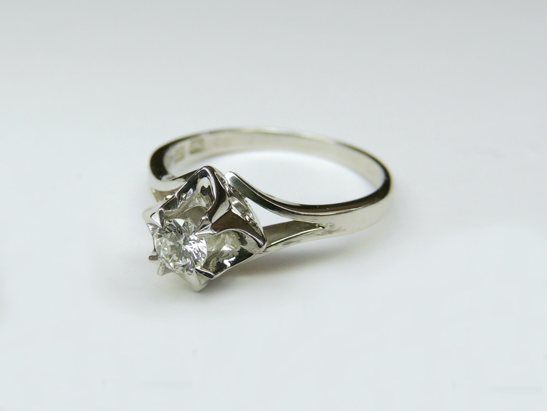 H様 (Pt 譲り受けたダイアモンド婚約指輪)